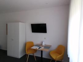 Studio Apartments Merkur, B&B in Zagreb