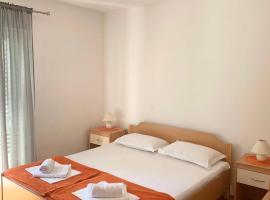 Studio apartmani Jozo, room in Gradac