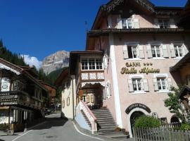 Garnì Stella Alpina, hotel a Canazei