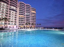 Esmeralda Beach Resort, hotel in Puerto Peñasco