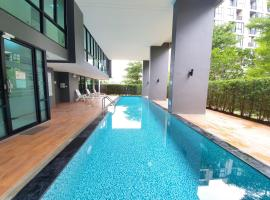 Luxury Family Suite Two Bedroom @Nimman Maya, cheap hotel in Chiang Mai