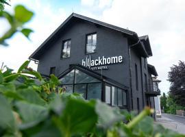 Blackhome Salzburg City I contactless check-in, Ferienwohnung mit Hotelservice in Salzburg