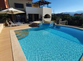 Villa Azure Sea - Crete, hotel in Istro