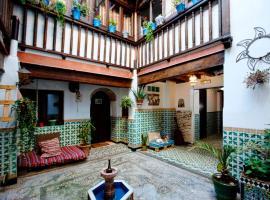 Oripando Hostel, hostel in Granada