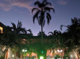 Hotel Dellamares, hotel in Ubatuba