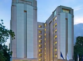 Fortune Park Ahmedabad, отель в Ахмадабаде