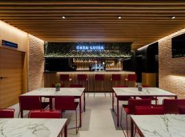 HOTEL RESTAURANTE CASA LUISA, hotel con jacuzzi en Estella