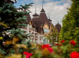 Park-Hotel Orlovsky, hotel in Molokovo