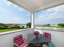 SEAPLACE #1, pet-friendly hotel in Umag