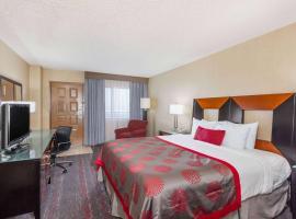 Ramada by Wyndham San Diego National City, hotel in National City