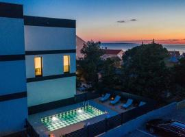 Apartments Oliver, self catering accommodation in Novalja