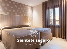 Hotel Santa Marta, hotel near Maremagnum, Barcelona