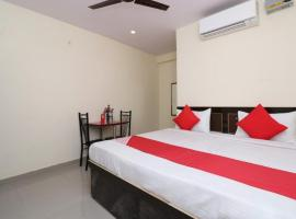 Anmol plaza hotal, hotel near Godowlia, Varanasi