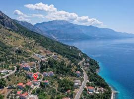 Stunning apartment in Omis w/ WiFi and 2 Bedrooms, luxury hotel in Omiš