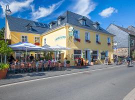 Hotel zur Post, hotel near Natural Park Saar-Hunsrück, Mülheim an der Mosel