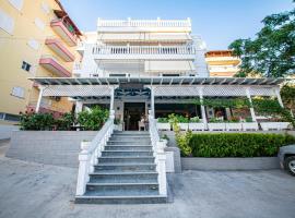 Hotel Primavera, hotel in Sarandë