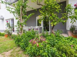 Bunqe Villa, apartment in Podstrana