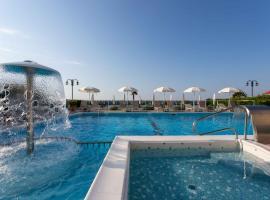 Hotel Mirafiori, отель в городе Лидо-ди-Езоло