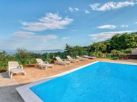 Simplistic Holiday Home in Lovran with Swimming Pool, hotel with pools in Lovran