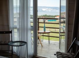 BaikalWood Eco Lodge & Spa, guest house in Khuzhir