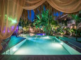 Oasis Hotel - Adults Only, hotel in Amoudara Herakliou