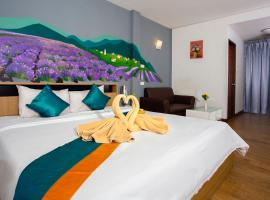 Sea Breeze Residence, hotel in Jomtien Beach