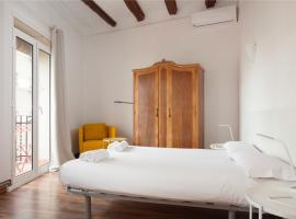 Flat Poble Sec Magalhaes/Apartment, hotel in Barcelona
