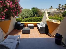 NATURISME LE CAP D'AGDE APPART. 4 PERSONNES D 63, hotel with jacuzzis in Cap d'Agde