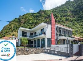Enxurros House, hotel en Ponta Delgada
