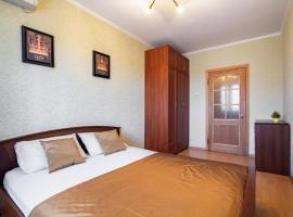 Уютный Дом, 2-комнатная квартира, апартаменты/квартира в Краснодаре