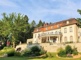 Hotel Villa Altenburg, hotel i Pößneck