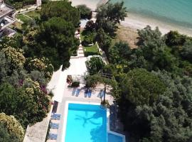 ALEXANDROS SEASIDE HOTEL, hotel near Egremnoi Beach, Nikiana