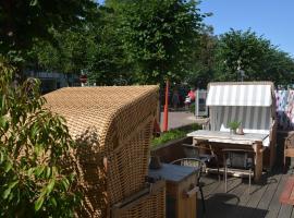 Gästehaus Astrids Strandmuschel, guest house in Binz