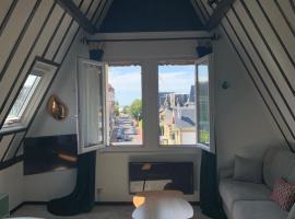 Appartement dans maison bourgeoise centre, apartment in Deauville