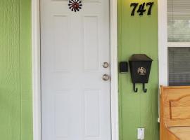 Private Cozy Cottage, vacation rental in Colorado Springs