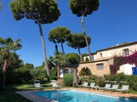 Magnifique Villa de prestige Antibes/Juan-les-Pins, pet-friendly hotel in Antibes