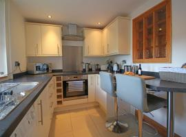 Homes by PSMG - Tower House - Modern Two Bedroom Apartment, hotel in Darlington