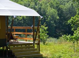 Modern Nomads, luxury tent in Thenon