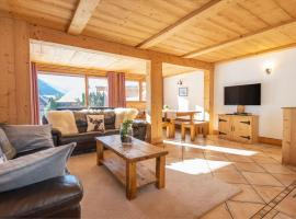 Yeti Lodge Chalets & Apartments, apartment in Chamonix