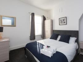 Townhouse @ Clare Street Stoke on Trent, hotel in Etruria