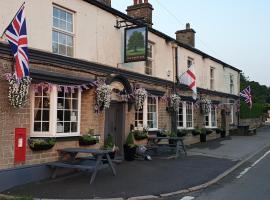 The Shady Oak Inn, hotel near Adlington, Taxal