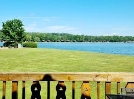 Fenna Lakeside Lodge - Pine Lake Resort, hotel near Carnforth Train Station, Carnforth