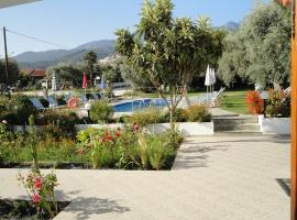 STUDIO SIRENS, serviced apartment in Limenas