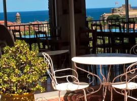 HOTEL AMBEILLE, hôtel à Collioure