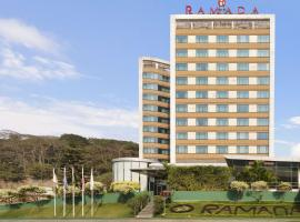 Ramada Powai Hotel & Convention Centre, hotel in Mumbai