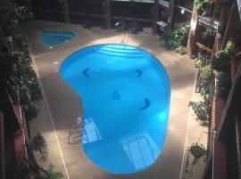 Baymont by Wyndham Cortez, hotel with pools in Cortez