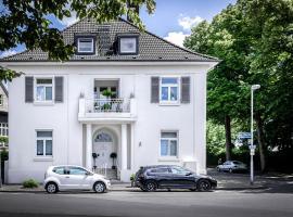 Luxus Design-Loft und Apartment im Villenviertel, hotel near Forum City Mülheim, Mülheim an der Ruhr