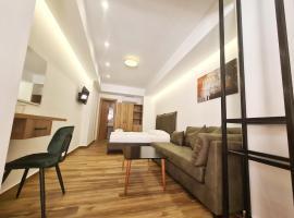 Ortus Hotel, hotel in Sarandë