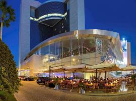 La Cigale Hotel Managed by Accor, hotel en Doha