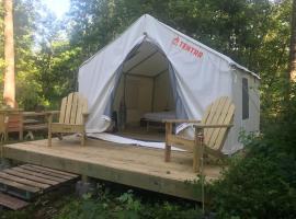 Tentrr Signature - S'More Memories Camp, vacation rental in Jacksonville